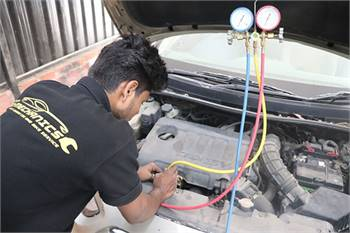 Car and bike services in ECR