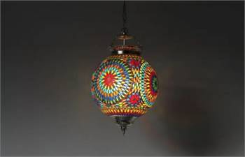 Buy Oriental lamps to feel the ambience of the Arabian souk in home!