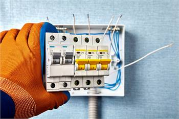 Get in touch with ECK SERVICES for the best electricians
