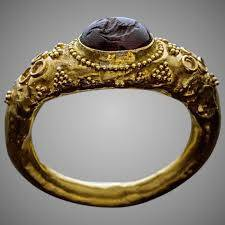 THE MAGIC RING CAN CHANGE YOUR LIFE NOW!!!