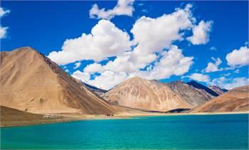 Explore Ladakh with friends