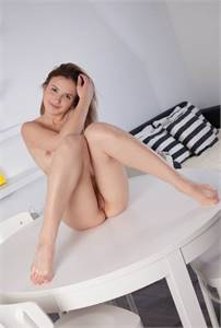 Exotic fetish friendly babe I'm ready for you to explode busty sexy coed knockout beauty ready for y