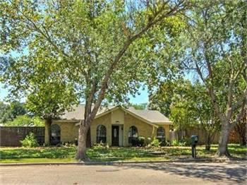 Rent to own - 2912 White Oak Drive