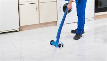 A healthy and clean grout tile with grout cleaner