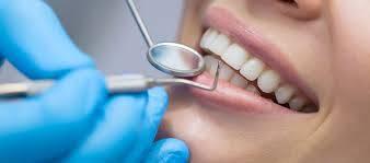 Weekend Dentist Care in Manhattan