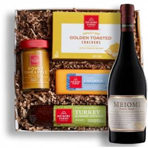 Meiomi Pinot Gift Basket Online For Wine Lovers