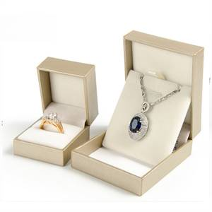 Printed Wholesale Custom Jewelry Packaging with Free Shipping